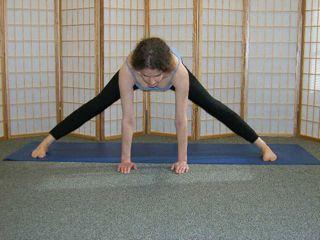 leg stretches adductors hamstrings quadriceps  hip flexors